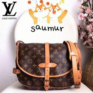 🆙Louis Vuitton Saumur 30 Monogram Crossbody Bag